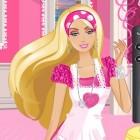 Играть Уборка в доме Барби онлайн